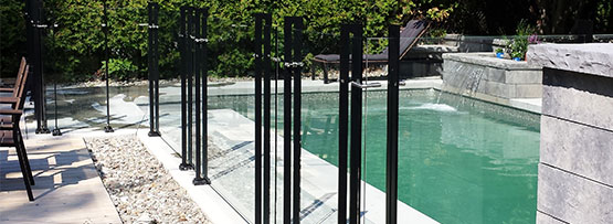 Clôture d'une piscine